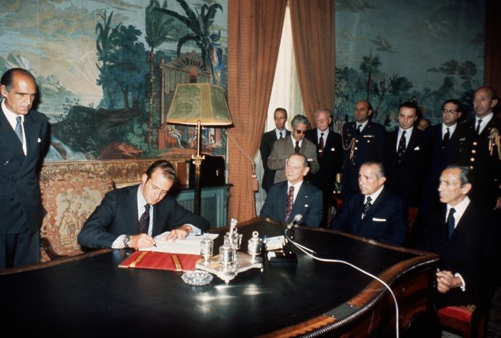 3-Firma_Principios_Hispano_Americana_19740719.jpg