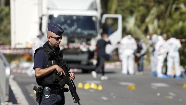 atentado_en_niza-francia-terrorismo-mundo_140247442_9844246_1706x960